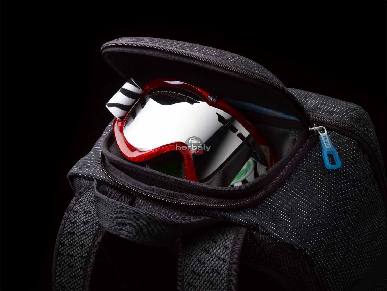 ... fekete Thule Crossover Travel TCRD-2 gurulós bőrönd 01f9cdb187